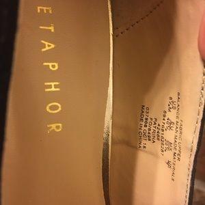 Metaphor Heels